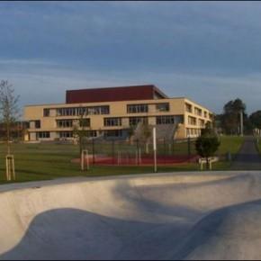 ¡Quiten el nombre de AP Møller de la escuela danesa en Schleswig!